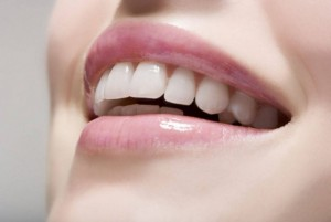 در مورد جراحی زیبایی دندان در شیراز بیشتر بدانید