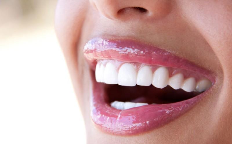 در مورد جراحی زیبایی دندان در قم بیشتر بدانید